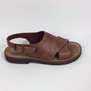 LL BEAN Leather upper Sandals Size 7.5 B